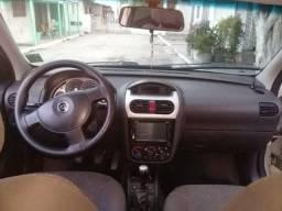 Corsa sedan Premium - 2010