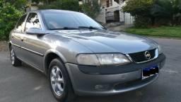 GM - Chevrolet GL 2.0 - Completo 97/98 - *
