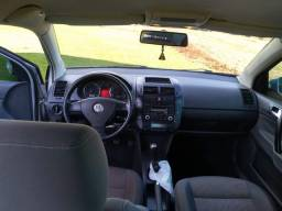 Polo sedan comfortline ano 2010