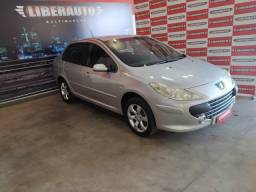 Peugeot 307 Sedan Feline 2.0 Mec. (2008) - Por Apenas R$ 18.990,00