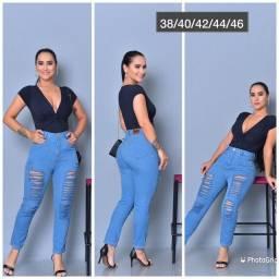 Título do anúncio: Vende-se essas duas calças