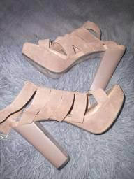 Sandália salto meia pata  n°35/36