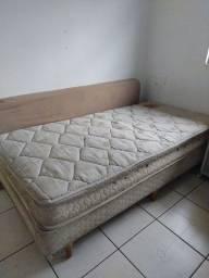 Vendo cama Box solteiro