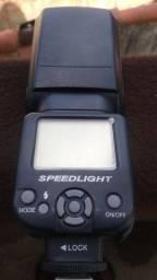 Flash SPEEDLIGTH TR-950