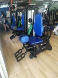 Maquina, equipamento, musculação  Adutor e abdutor