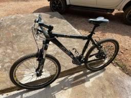 Bike gts m1, shimano alívio e sus santour.