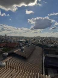 Casa com Barracão