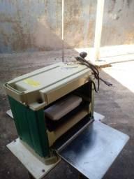 Plaina Desengrosso Makita 304mm 1650W - MAKITA-2012NB<br><br>