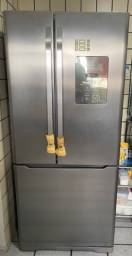 Geladeira/Refrigerador Seminova French Door Electrolux 579l Dm84x Inox 220v