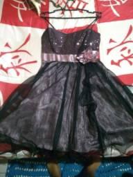 Vendo dois vestidos de festa tamanho 38 (p) usados somente uma vez