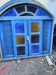 Vendo seis janelas coloniais