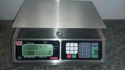 Balança Magna usada defeito no teclado
