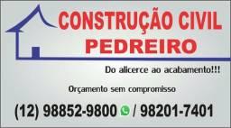 Pedreiro construtor