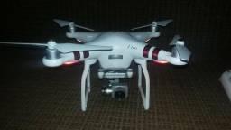 Drone Dji Phantom 3 Advanced com mala de ultra impacto
