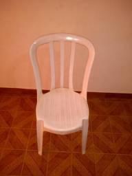 Cadeira de plástico