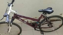 Troco bicicleta em cordão de prata