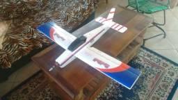Aeromodelo Cherokee