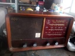 Raro radio montreal antigo para restauro