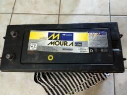Vendo bateria Moura 180 amperes