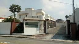 Excelente casa em condomínio no residencial Le Parc!!!