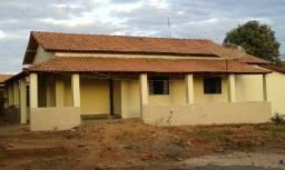 Vendo casa em Montalvânia mg , proximo Br 030