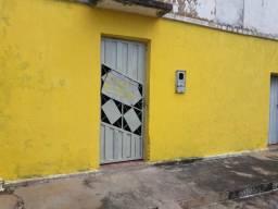 Alugo casa essa grande R$ 800,00