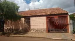 Casa à venda com 3 dormitórios cod:V12263