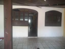 Casa condômino Castro Moura 300,000