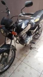 Moto bombinha 1.800 - 2005