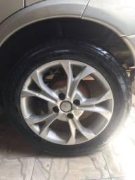 Vendo ou troco jogo de roda em roda de ferro com pneus