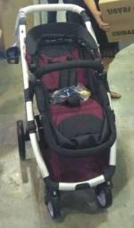 Carrinho de bebê com bebê conforto dzieco maly