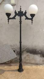 Vendo luminárias de jardim estrutura de ferro