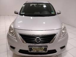Nissan Versa 1.6 SV /2014