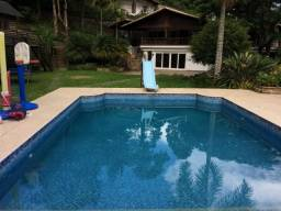 Casa em Petrópolis para reuniões de famílias, amigos, igrejas e empresas