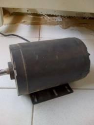 Motor trifásico 220 3cv