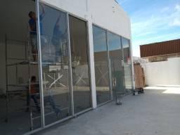Loja 317 m², pintangueira, 3 banheiros