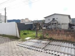 Terreno em área central, com 232M², rua calçada!!! Morretes Itapema