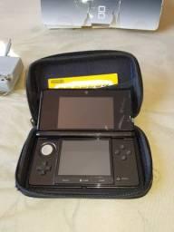 Nintendo 3DS + Cartão de destrave