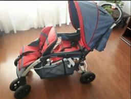 Carrinho e bebê conforto para gêmeos