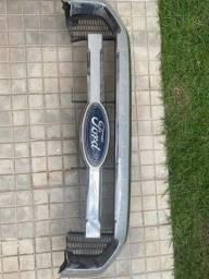 Grade dianteira da Ford Ranger