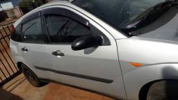 Ford Focus 1.8 ano 2002