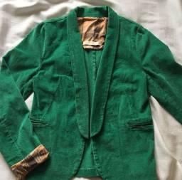 Título do anúncio: Blazer verde de veludo