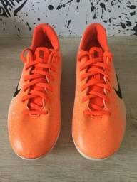 Chuteira de campo com trava Nike Mercurial - número 34.5