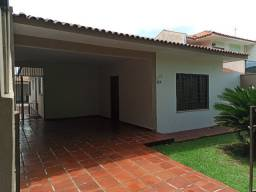 César Dallabrida vende Casa na Vila Teixeira em Campo Mourão/PR