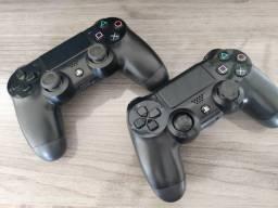 2 controles PS4 COM DEFEITO