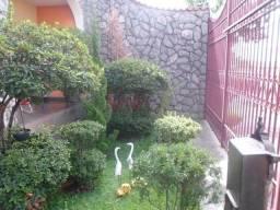 Casa colonial 4 quartos 4 vagas de garagem bairro Vila Clovis