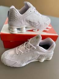 Tênis Nike shox. Importado.