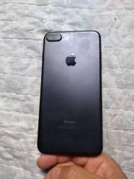 IPhone 7 plug 128 gigas