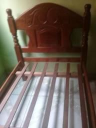 Vendo cama roda em angelin
