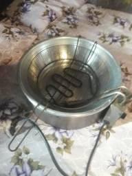 Fritadeira Elétrica 220Wolts bem conservada